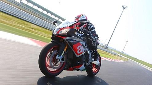 Avec une superbike sur la piste? – les questions les plus fréquentes