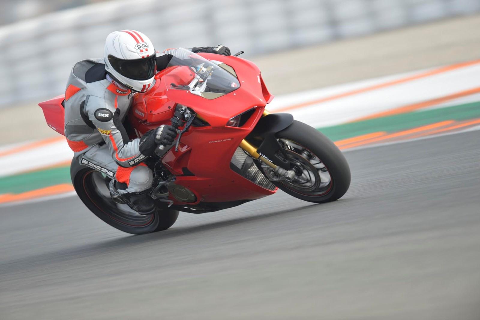 Ducati Panigale V4 S (2018) - 01.JPG (1)