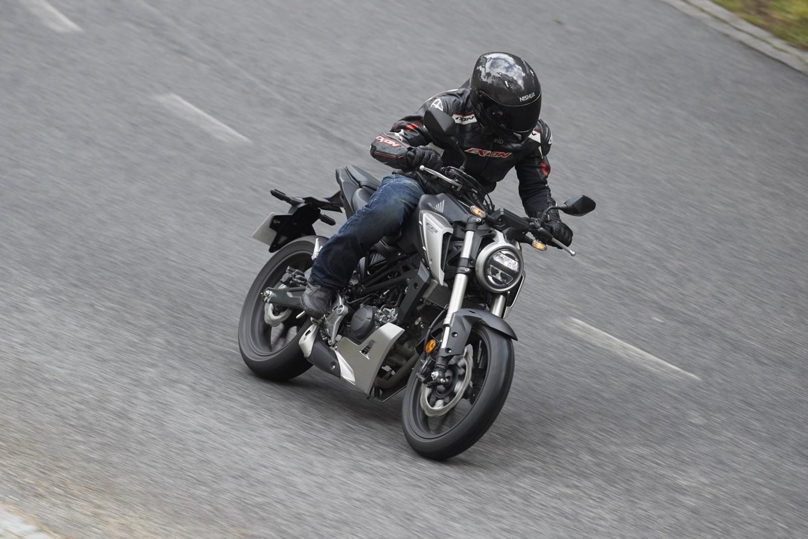 Honda CB 125 R (2018) - 13.JPG