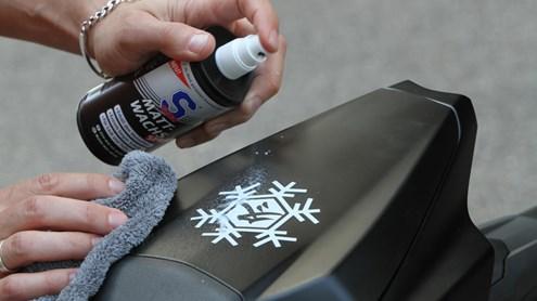 Pulizia e manutenzione dei motocicli